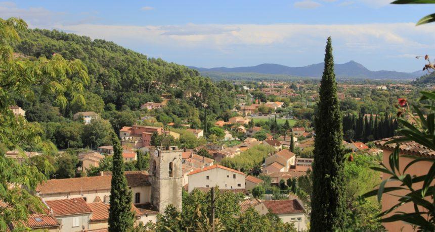 Vue générale du village de Solliès-Toucas