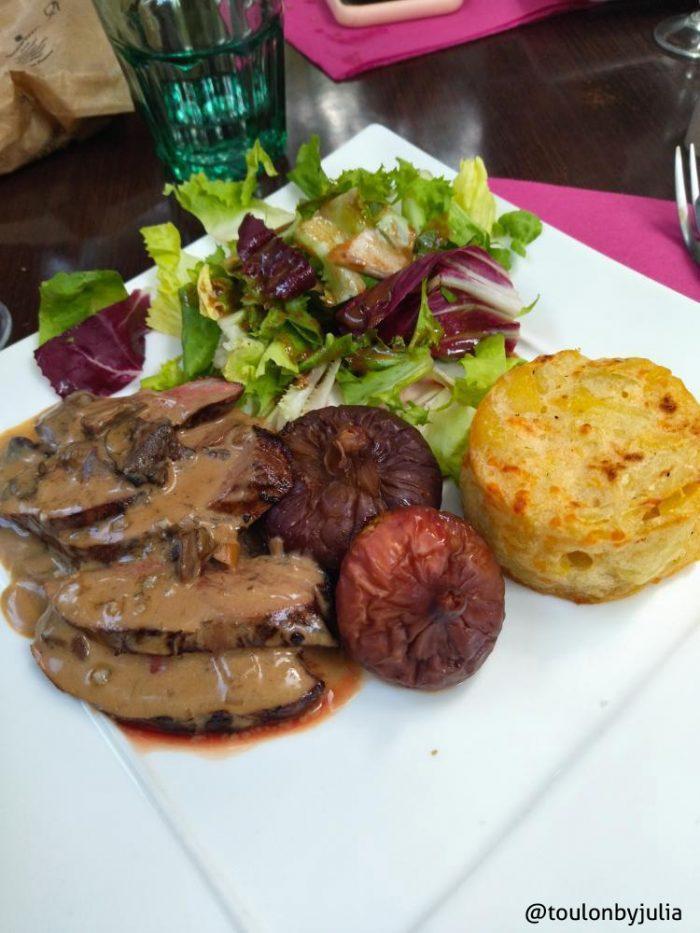 Le restaurant La Fontaine nous a accueillis pour un déjeuner 100% figue de Solliès AOP.