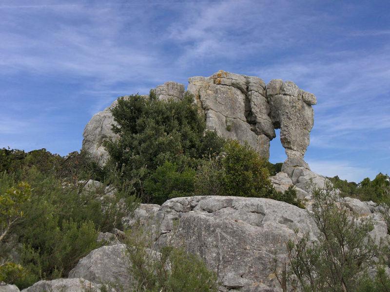 L'éléphant de pierre